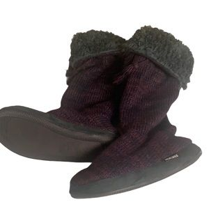 Muk Luks Plum Women's Tall Slippers Sz S (5-6)